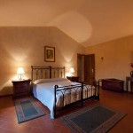 La Lucertola Bedroom